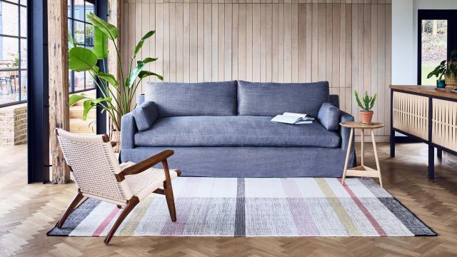 House & Garden Collection Jackson Sofa in Heavy Linen