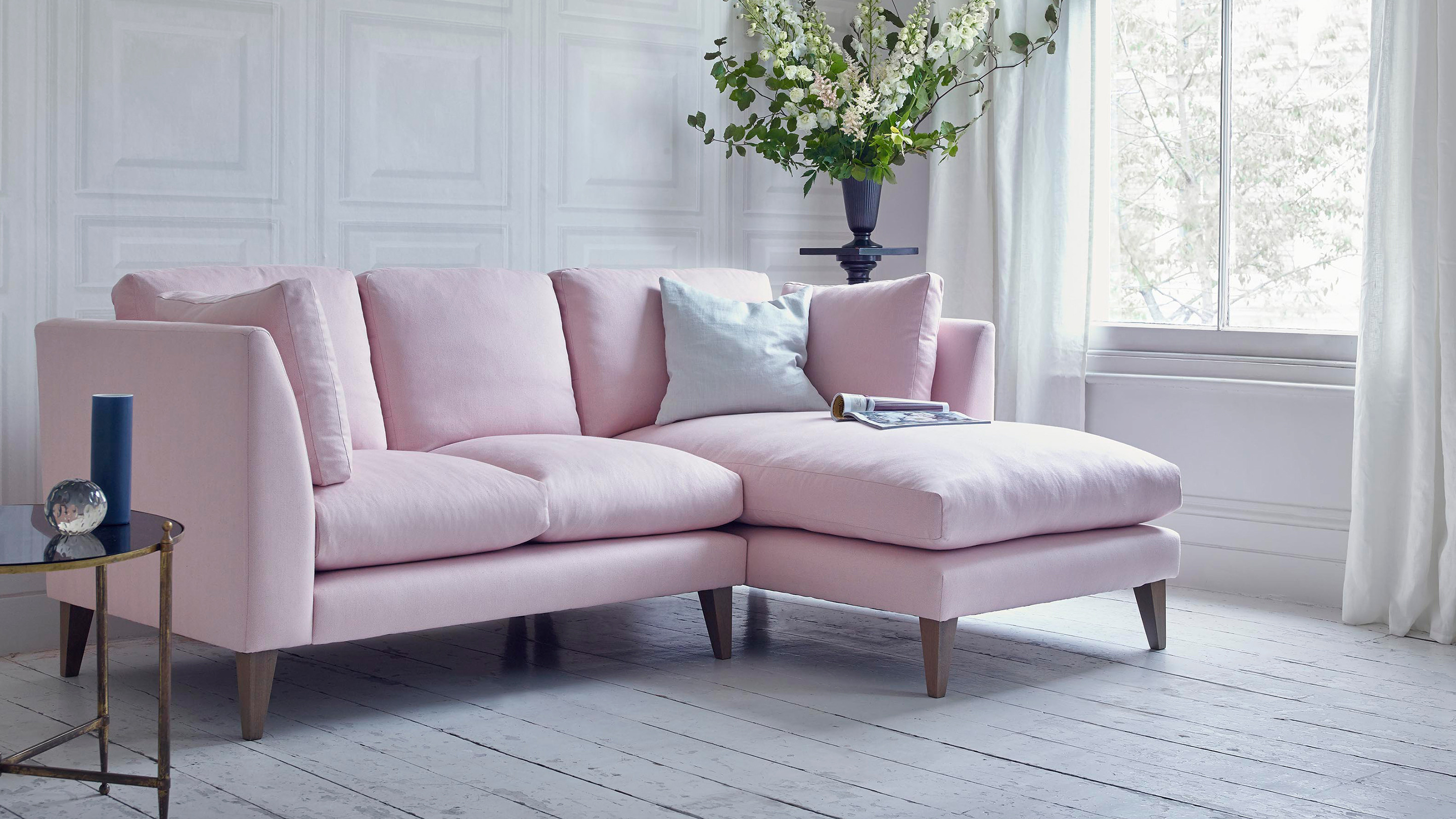 Sofas affordable designer settees 2 seaters chaise for Affordable chaise sofas