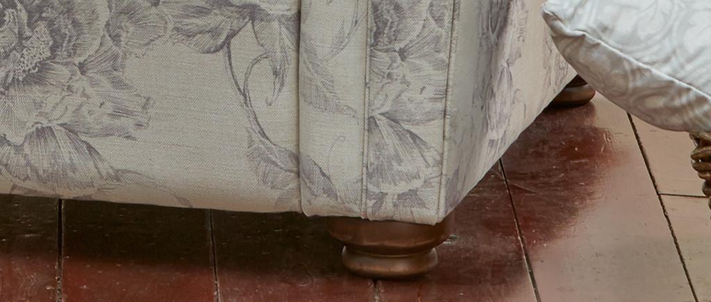 Iris Armchair
