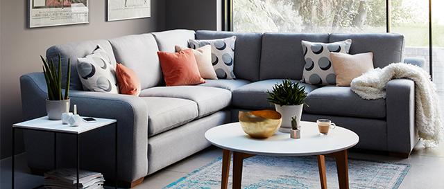 Comfy Corner Sofa Pembroke in Living Room